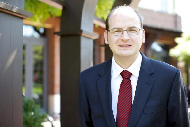 Dr. Daniel Allendorf